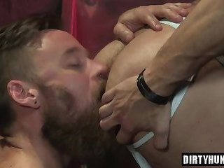 Anal,Hunks,gay,ass,bear,hardcore,muscle Muscle bear anal sex with cumshot