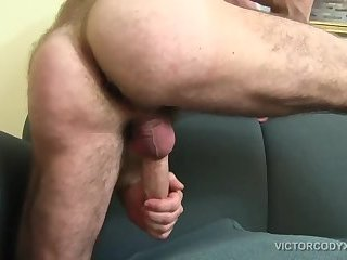 amateur,masturbation,solo,hunks,mature,big dick,jacking off,hairy,gay Jake Marshall Jacks Off