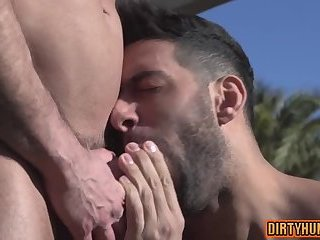 Anal,Outdoors,bear,muscle,pool.muscled,gay Muscle bear anal with cumshot