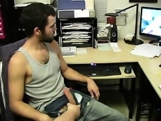 Amateur (Gay),Gays (Gay),Handjob (Gay),Men (Gay),Webcam (Gay) Terrance - First-Contact