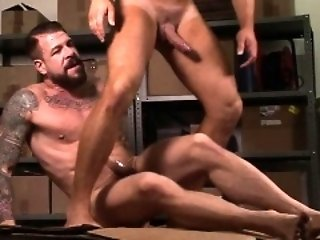 Big Cocks (Gay),Gays (Gay),Hunks (Gay) Big dick gay dildo with cumshot
