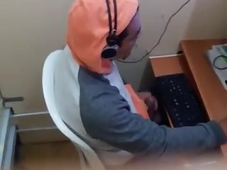 Masturbation,Solo,Voyeur,gay Spying on a internet cafe jacker in progress