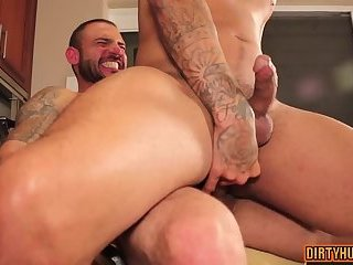 Anal,Hunks,gay,ass to mouth,muscle Muscle gay ass to mouth and cumshot