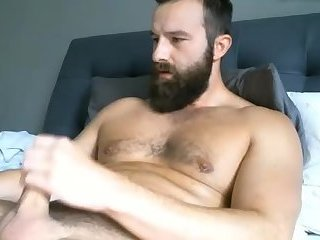 amateur,masturbation,solo,beard,gay Handsome Man Wanking