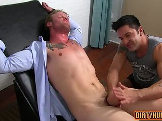 Fetish,Handjob,Hunks,gay,outdoor,muscle Muscle gay foot with cumshot
