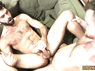 Anal,Cumshot,Hunks,gay,bear,muscle Muscle bear anal with facial cum