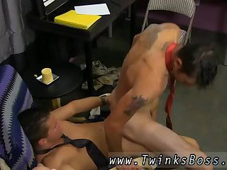 He finds himself on his knees, blowing dick