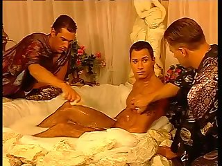 Nasty Gay Guys Threeway Fucking