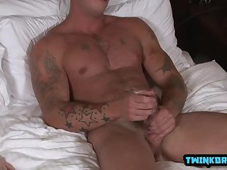Anal,outdoor,big dick,muscled,gay Big dick son flip flop with cumshot