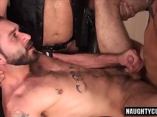 Anal,Bears,Rimming,Threesome,gay,bear,big dick Big dick bear threesome with cumshot