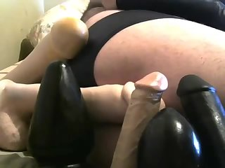 Amateur,Dildo,ass,toys,play,gay me showing few toys