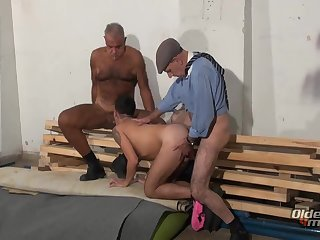 Anal,Mature,Rimming,Threesome,group sex,fuck,old & young,gay unprotected In dark Places old And Worker