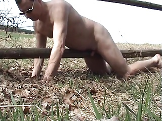 Twinks (Gay);Masturbation (Gay);Outdoor (Gay);Bench A bench and a fence