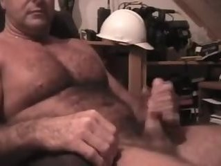 Amateur,Masturbation,Solo,Bears,hairy,muscled,gay Fucking grade A dad beef