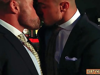 Anal,Hunks,Office,gay,muscle Muscle gay anal sex with cumshot