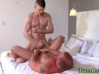 anal,body builders,rimming,anal sex,ass fucking,hardcore,muscled, asslick,gay Pounded buff guy spunked