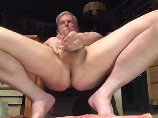 Amateur,Masturbation,Solo,blonde,gay Older guy jerks off and fingers his mature fuck hole