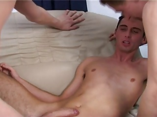 Gay Porn (Gay);Twinks (Gay) Foursome cock surprise for these gay twinks