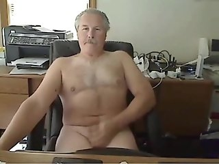 Amateur (Gay);Masturbation (Gay);Daddies (Gay);HD Gays grandpa cum on cam