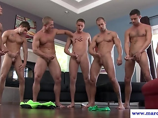 Cumshot,Hunks,Blowjob,gay Muscular hung hunk cum showered in orgy