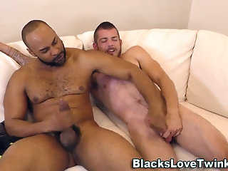 Anal,Cumshot,Amateur,Ebony,Interracial,gay Black guy pounds ass hole