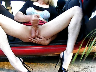 Men (Gay);Crossdressers (Gay) Crossdresser wanking in heels