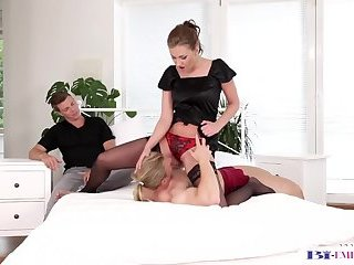 Anal,Bisexual,Fetish,Threesome,Blowjob,gay,stud,euro,muscled Dicksucking stud loves fucking tight pussy