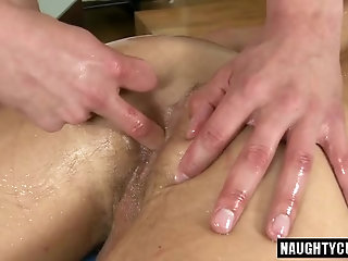hunk,rimjob,daddy,gay Euro daddy oral sex with massage