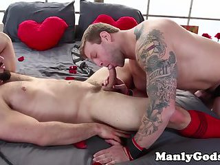 gay Muscular Colby Jansen romantic ass fucking
