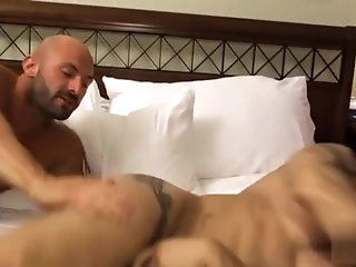 Anal,Body Builders,Tattoo,gay,muscle Room Service