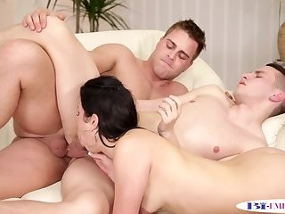 Anal,Bisexual,Fetish,Blowjob,gay Anal fucking stud gets cocksucked by babe