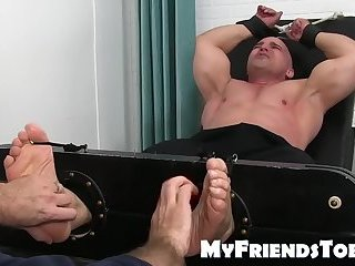Body Builders,Bondage,Feet,hunk,foot fetish,daddy,tickle,kink,worship, toes,MyFriendsToes,muslce,gay Feet fetish and tickling tormenting with older daddy and hunk