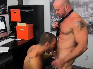 Blowjob (Gay),Gays (Gay),Hunks (Gay),Men (Gay) It's middle of the day, work time, stuff is getting stale