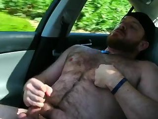 Amateur,Masturbation,Solo,hairy,muscled,car,gay Out for a drive with my bear buddy
