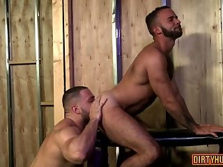 Anal,bear,muscle,gay Muscle bear anal and facial cum
