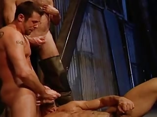 Gay Porn (Gay);Group Sex (Gay);Muscle (Gay) Willingness