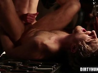 Anal,fuck,studs,muscle,hung,gay Muscle son anal sex and cumshot