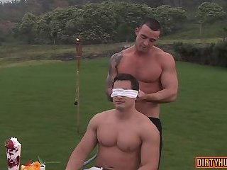 Anal,Hunks,Outdoors,Rimming,gay,outdoor,muscle Muscle gay outdoor with cumshot