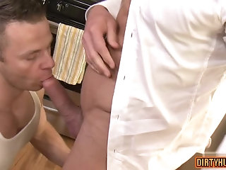 Anal,Big Cock,Hunks,gay,muscle, flip flop Muscle gay flip flop with creampie