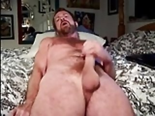 Men (Gay);Daddies (Gay);Handjobs (Gay);Hunks (Gay);Masturbation (Gay) wank