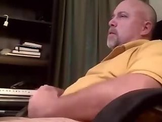 Amateur,Masturbation,Solo,Fetish,Mature,gay Papa bear jerking off