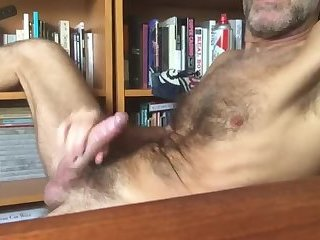 Amateur,Masturbation,Solo,Mature,hairy,gay Oh fuck you're gonna make me cum