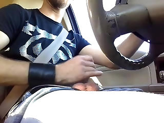 Amateur,Masturbation,Solo,car,gay Got super horny while driving and decided to jerk off
