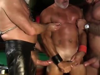 Anal,Domination,Hunks,Mature,Uniform,muscled,police,tanned,gay kinky Daddies