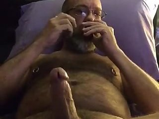 Amateur,Masturbation,Solo,Mature,hairy,daddy,glasses,gay Hot dad busts a hot nut watching gay porn