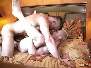 Anal,muscle,daddy,gay Muscle daddy anal sex with cumshot