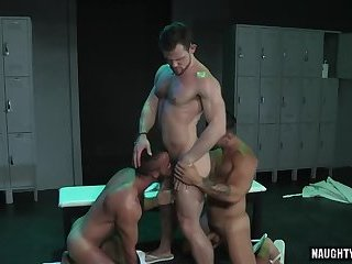 Anal,Hunks,Threesome,latin,hairy,muscled,wolf,gay Latin wolf threesome with facial