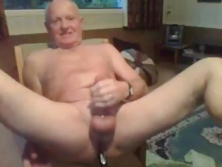 Amateur (Gay);Masturbation (Gay);Daddies (Gay) grandpa cum on cam