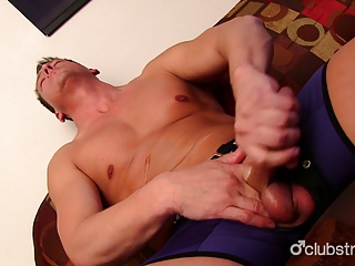 Amateur (Gay);Big Cocks (Gay);Gay Porn (Gay);Masturbation (Gay);HD Gays;Club Stroke;Hot Guy;Masturbating Hot Straight Guy Ryan Masturbating