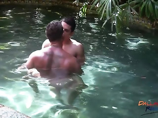 Anal,Outdoors,Tattoo,jocks,gay Sebastian Barebacks Vadim At The Pool